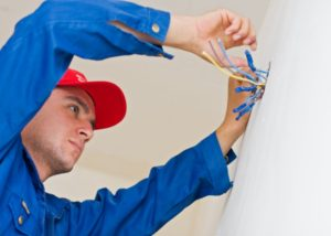 5 Electrical Repairs NOT to Try on Your Own