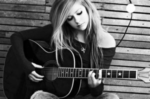 Song Of The Day – Keep Holding On by Avril Lavigne